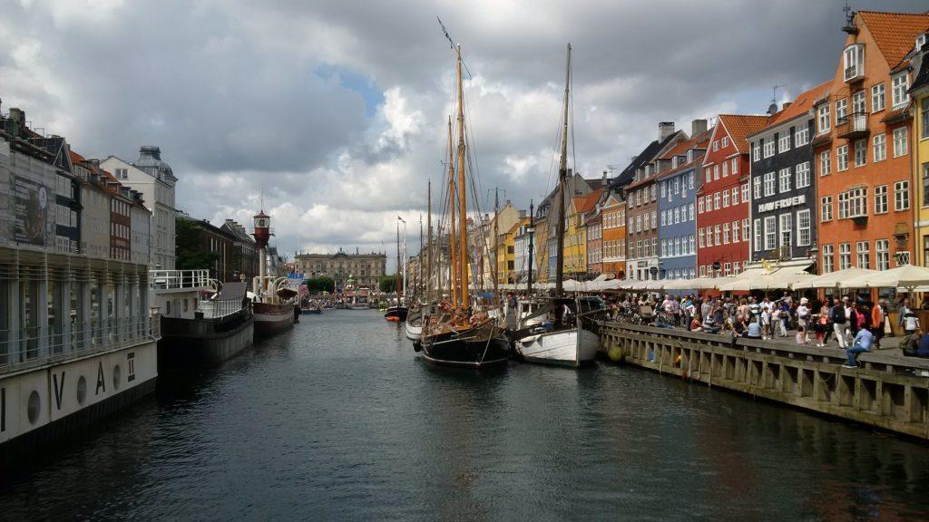 Puerto de Nyhavn, en Copenhague