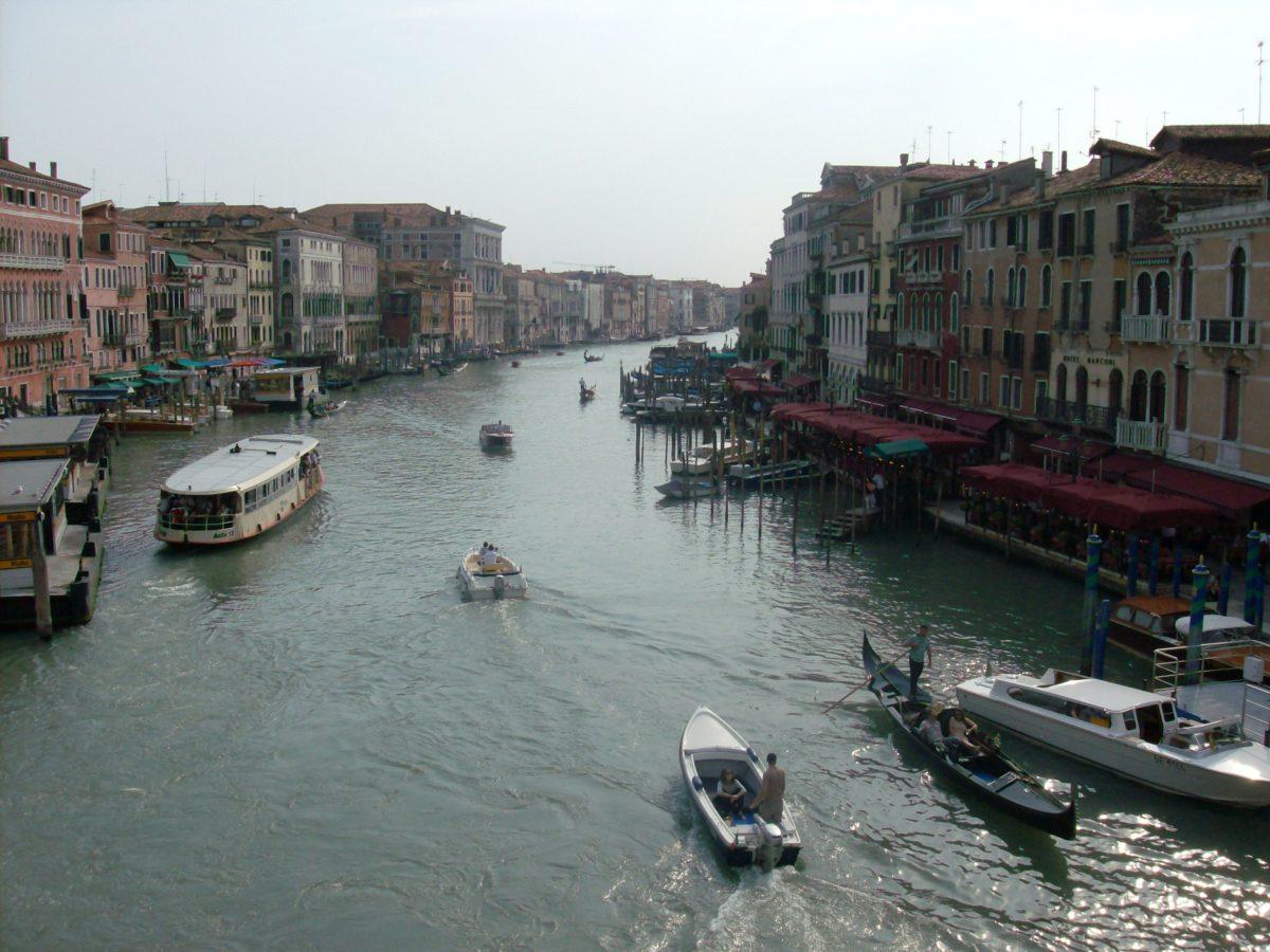Venecia, impresionantes palacetes y canales - Magnet Trips